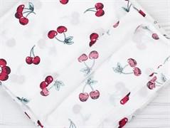 Штапель вишни на белом - фото 12135