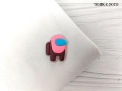 Нашивка резиновая AMONG*US (светится в темноте), розовый